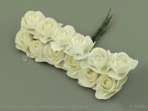 Букетик  бумажных роз. Белые.