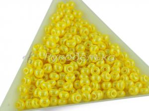 Бисер чешский Preciosa 6/0.  Желтый (88110) OS. 10гр